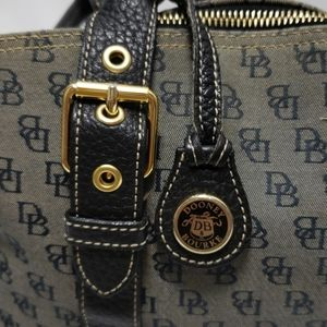 Vintage Dooney and Burke purse